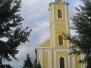 A katolikus templom és környéke